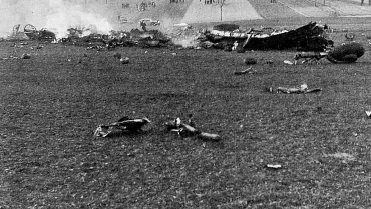Die «Maiden America» stürzte am 25. Dezember 1944 kurz nach dem Mittag auf ein Feld nördlich von Würenlingen.