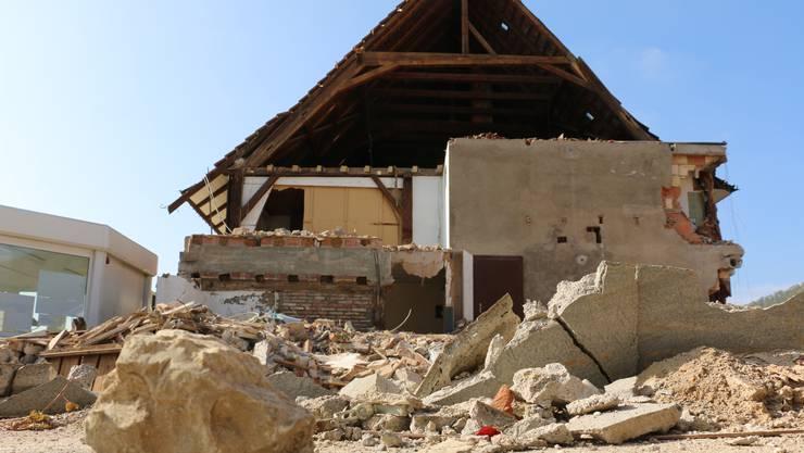Was vom Murihof übrig blieb: Die Scheune neben dem Wohntrakt wurde zerstört.