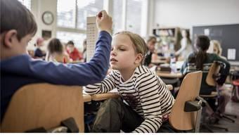 Die Kinder sollen in der Schule nicht mehr überfordert werden. (Symbolbild)