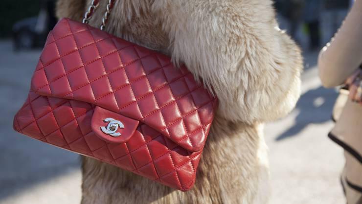 Bald ein Bild der Vergangenheit: Chanel verzichtet künftig auf Pelz sowie auf Kroko- und Schlangenleder.