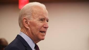 Gegen Joe Biden werden weiter Vorwürfe laut. (Bild: EPA)