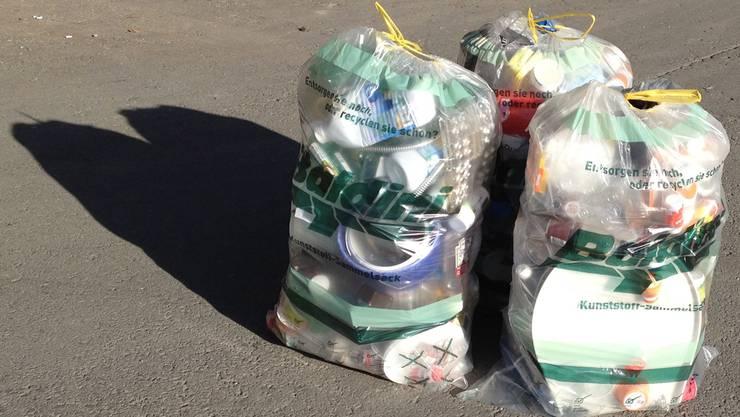 Die Jungen Grünen fordern, dass in der Stadt Zürich ein flächendeckendes Recycling von Kunststoffabfällen eingeführt wird. (Symbolbild)