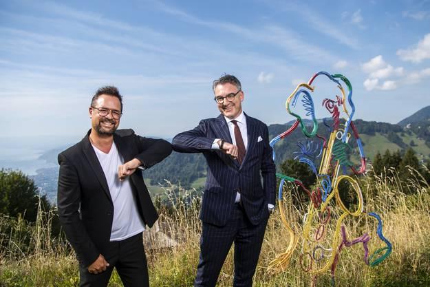 Christian Jungen (rechts) begrüsst Mathieu Jaton, den Direktor des Montreux Jazz Festivals am diesjährigen Zurich Film Festival.