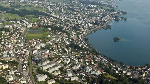 Steuerbehörden prüfen Wohnsitz von Schwyzer Gerichtspräsidenten