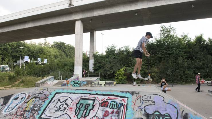 Die Rollsportanlage in Dättwil lockt nicht nur Skater an.