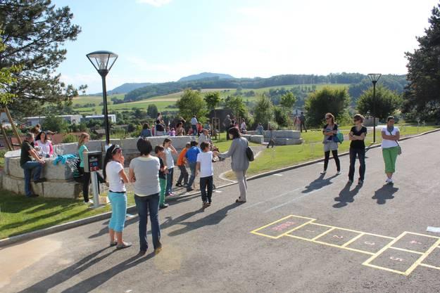 Zwei Arenas wurden neu in den Schulhausplatz integriert.