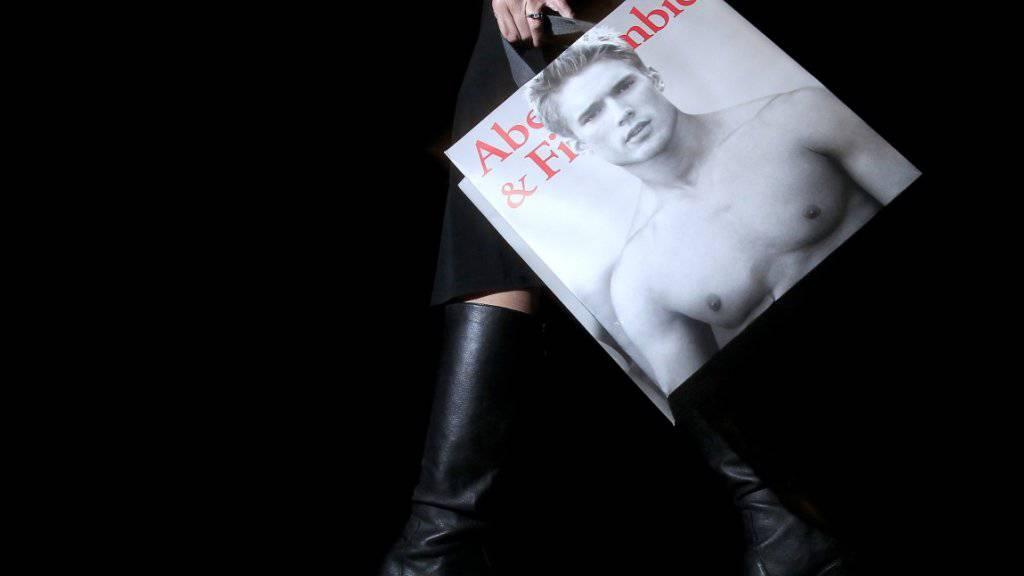 Zieht nicht mehr: Nackte Männeroberkörper bei Abercrombie & Fitch. (Archiv)