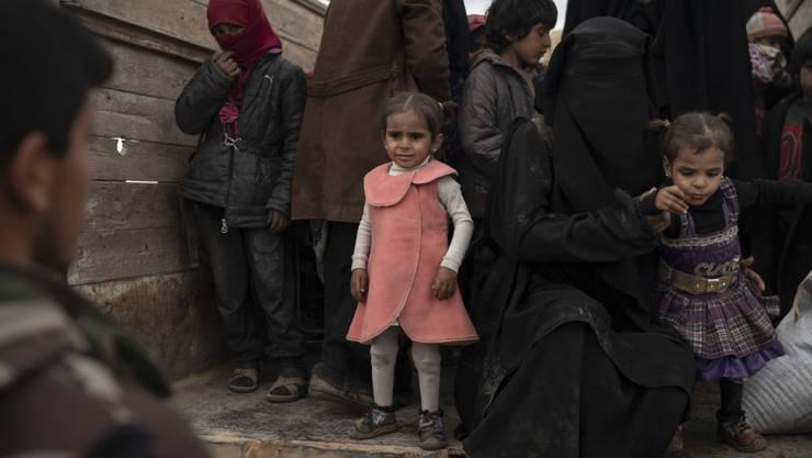 In den vergangenen Tagen wurden rund 5000 Menschen aus der Region Baghus herausgeholt.