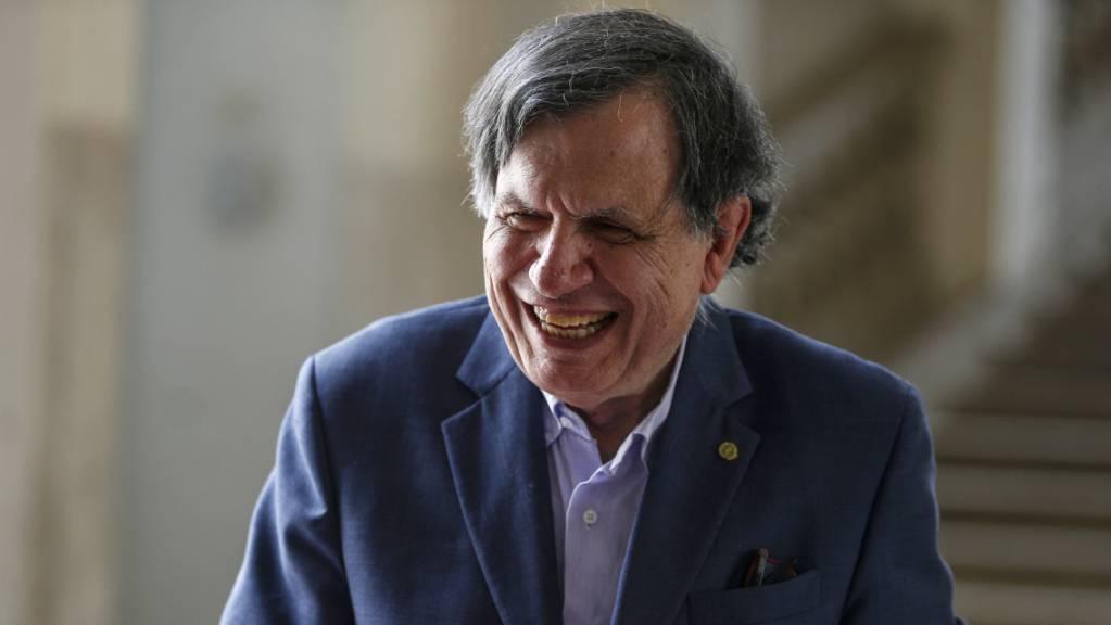 Der italienische Physiker Giorgio Parisi konnte um 1980 versteckte Gesetzmässigkeiten hinter vermeintlich dem Zufall gehorchenden Phänomenen aufdecken.