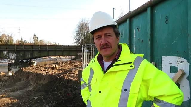 Gabriel Zenklusen vom Amt für Umwelt zu den beiden Emme-Baustellen bei Luterbach: «Die Schnittstellen sind klar definiert»