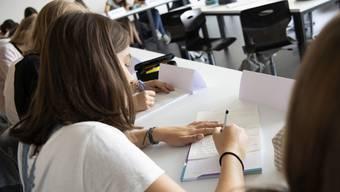 Die mündlichen Aufnahmeprüfungen fallen im Kanton Zürich dieses Jahr aus.