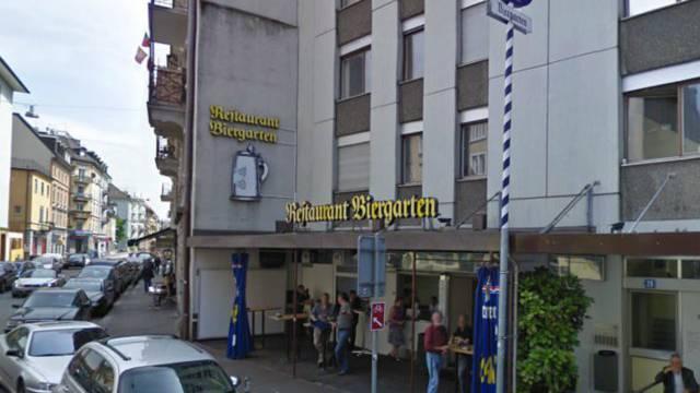 Restaurant Biergarten an der Hohlstrasse.
