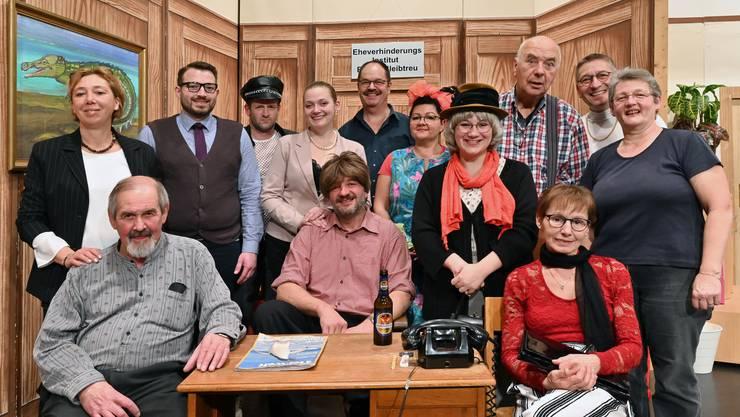 Das aktuelle Team der Theaterfreunde spielt am Samstag ihre Premiere.