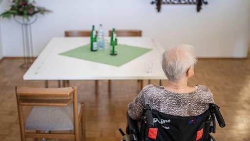 Altersheim im Corona-Hotspot Schwyz sucht per sofort «helfende Hände»
