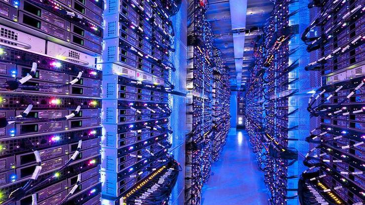 Blick in ein Rechenzentrum von Microsoft.
