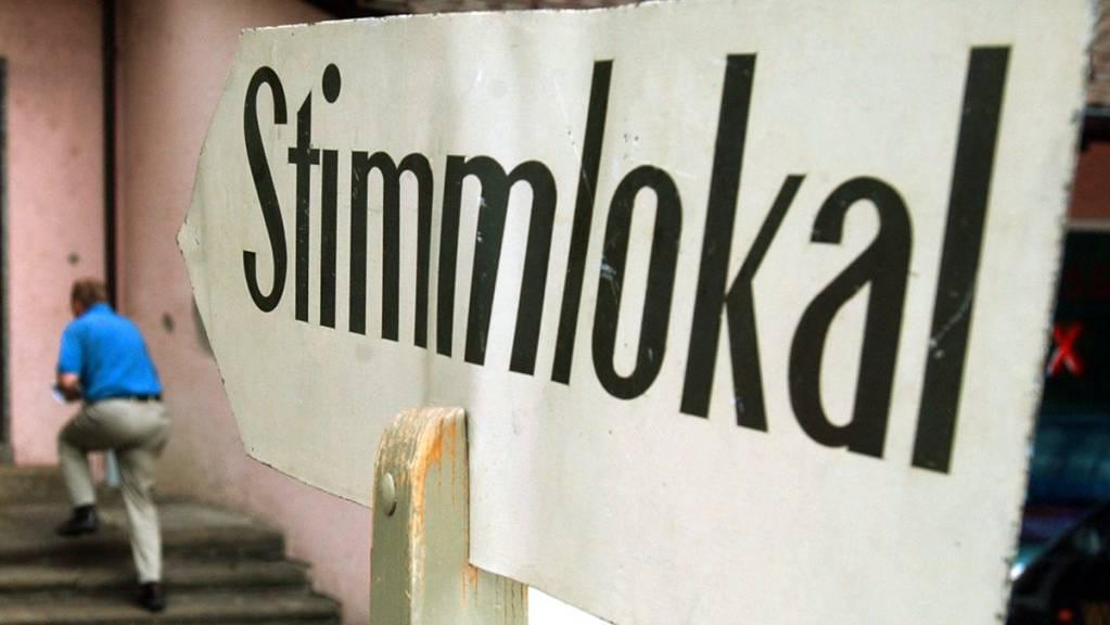 Am Sonntag stimmt das Schweizer Volk über fünf nationale Vorlagen ab, darunter die Begrenzungsinitiative der SVP. (Archivbild)