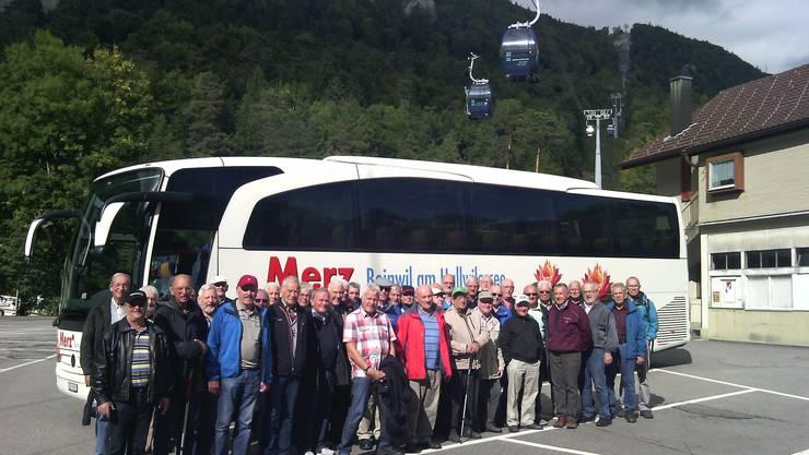 Gruppenfoto der Reisegesellschaft