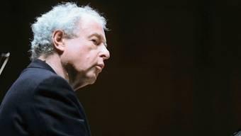 Auf den Pianisten András Schiff übt Bach eine starke spirituelle Wirkung aus.