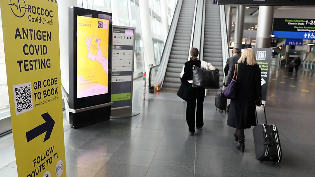 Reise-Schlupfloch in Corona: Iren buchen Arzttermine im Ausland