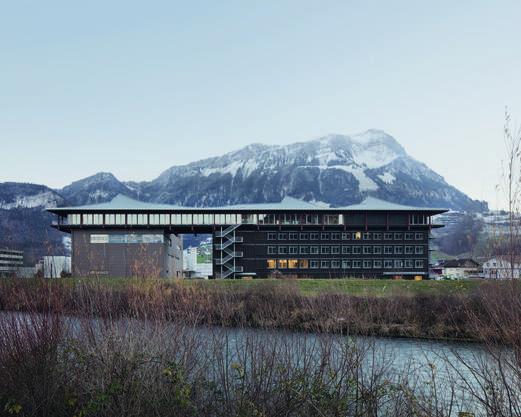 Architektur Silber: Firmensitz Max Felchlin AG, Ibach