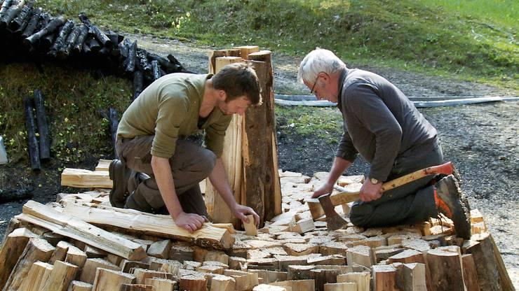 Im Entlebuch wird noch nach alter Tradition Holzkohle hergestellt