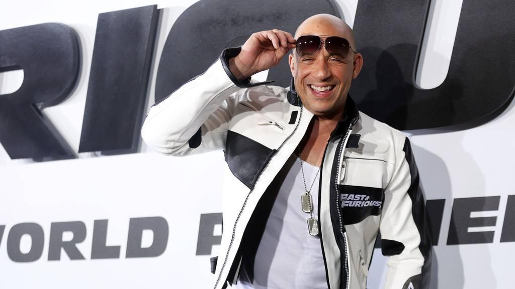 Schnelle Autos und Explosionen: Vin Diesel stürzt sich ins nächste Abenteuer