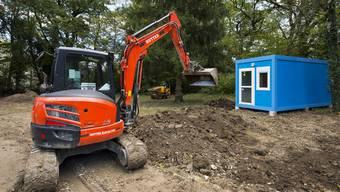 Die Zivilschutzanlage in Dornach eignet sich nicht zur Unterbringung von Flüchtlingen. Nun sollen Wohncontainer gebaut werden. (Symbolbild/Archiv))