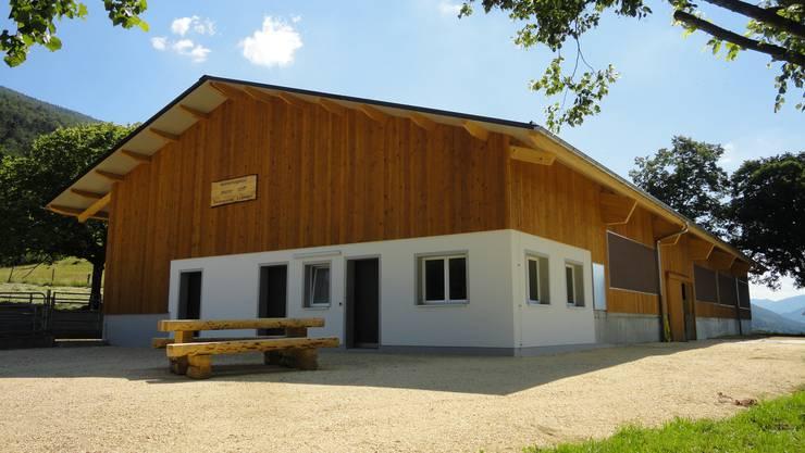 Stolz auf den neuen Stall: Die Bürgergemeinde Laupersdorf