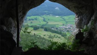 Die Bärenhöhle mit Blick auf Welschenrohr. Das Dorf hat sich in den vergangenen hundert Jahren verändert, die Umgebung hat Peter Binz aber so erlebt. wak