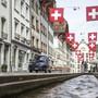 Die Rathausgasse in Aarau vor einem früheren 1. August. (Archivbild)