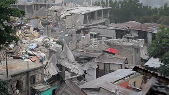 Chaos in Port-au-Prince ist für Einsatz der Rettungskette zu gross