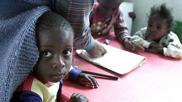 Kinder in Afrika (Archiv)
