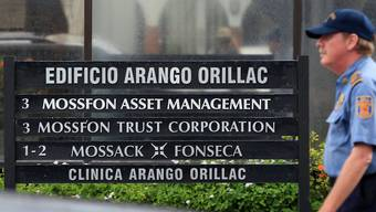 Die Finanzkanzlei Mossack Fonseca steht im Zentrum eines umfangreichen Datenlecks. Jetzt schliesst die Firma drei Niederlassungen in britischen Steuerparadiesen. (Archivbild)
