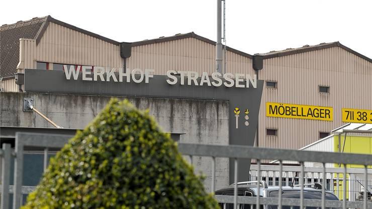 Könnte trotz hoher Anschaffungskosten bald überflüssig sein: die Kopfstation der InterGGA in Reinach.