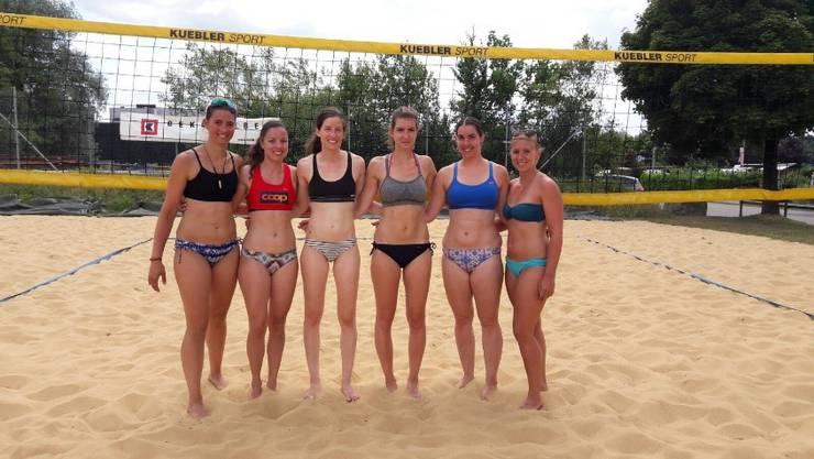 Die Teams massen sich am Wochenende in Langenthale beim Beachvolleyball-Turnier.