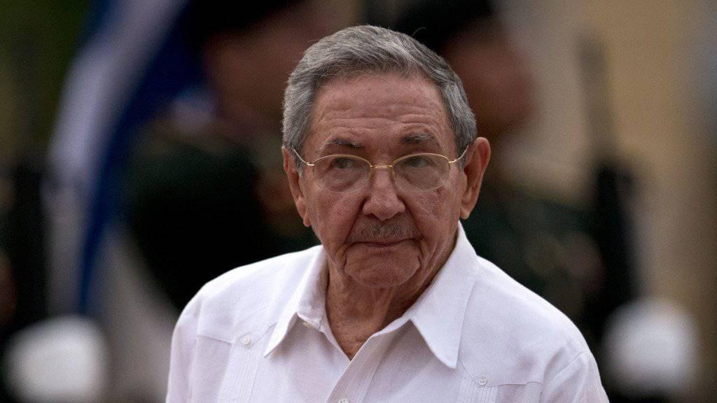 Kubas Staatschef Raul Castro: Derzeit versuchen viele Kubaner, über mittelamerikanische Länder in die USA zu gelangen, weil sie befürchten, nach der Annäherung zwischen den USA und Kuba nicht mehr so leicht politisches Asyl in den USA zu erhalten.