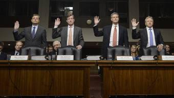 Die Spitze der Credit Suisse bei der Anhörung vor dem US-Senat: Romeo Cerutti, Brady Dougan, Robert Shafir und Hans-Ulrich Meister (von links).
