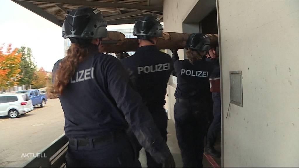 Durchhalte-Übung für Polizeischüler aus dem Kanton Solothurn
