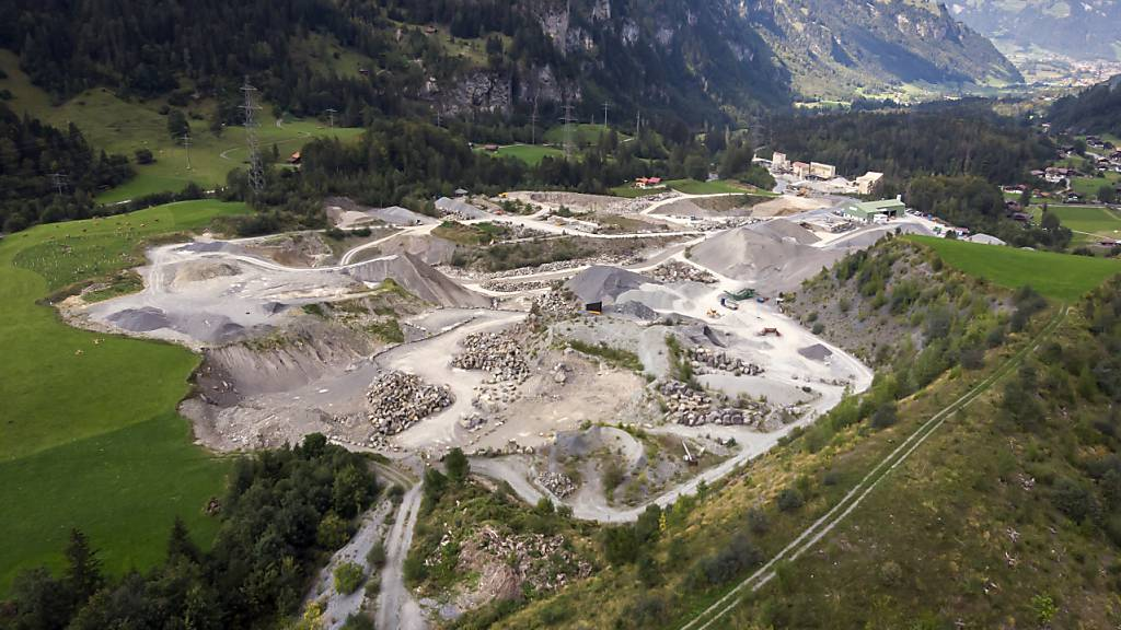 Auch Betonschlämme wurden im Steinbruch MItholz BE unrechtmässig abgelagert. (Archivbild)