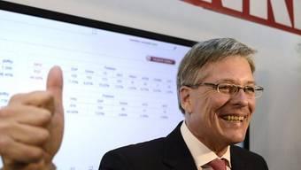 Der Sieger der Wahl in Kärnten, Peter Kaiser, freut sich über das Resultat