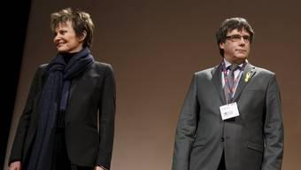 Alt Bundesrätin Micheline Calmy-Rey und Katalanenpräsident Carles Puigdemont.