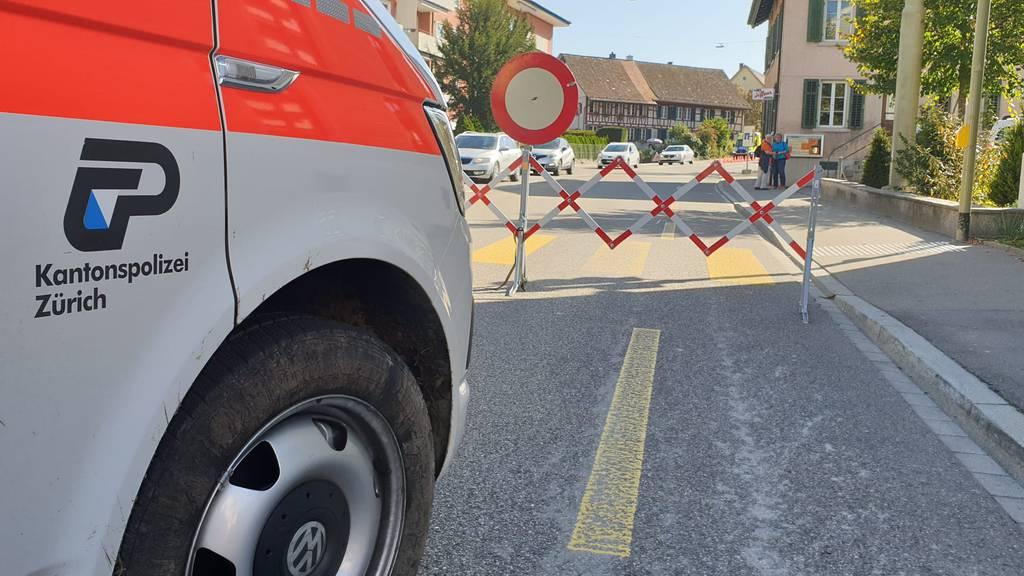 Autodieb durchbricht Sperre und verletzt Polizistin schwer