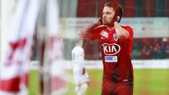 Der Torschütze zum 3:0 Olivier Jäckle jubelt nach seinem Tor.