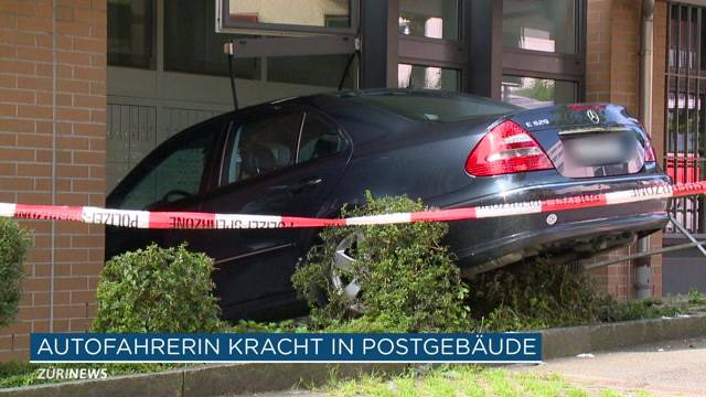 Seebach: Auto kracht in Post