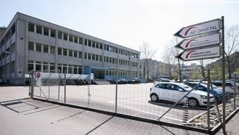 Als Standort für ein Asylzentrum gescheitert: das alte Zeughaus-Areal im Oristal. Froh sind die aktuellen Nutzer.