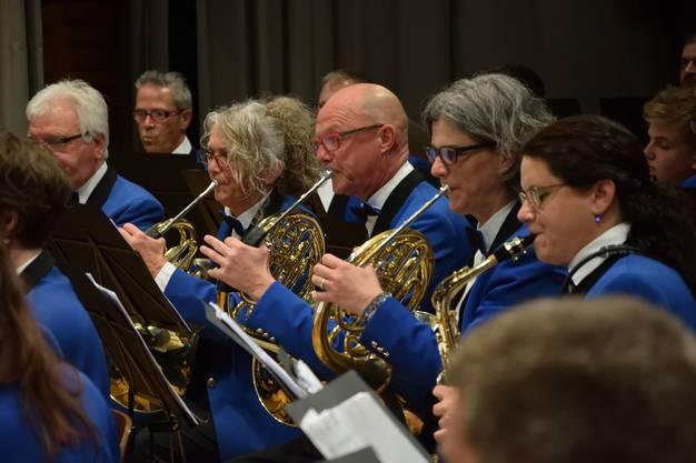 Die Hornisten der Harmonie Gerlafingen in Aktion