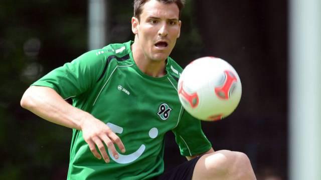 Mario Eggimann erzielte das 2:0 für Hannover
