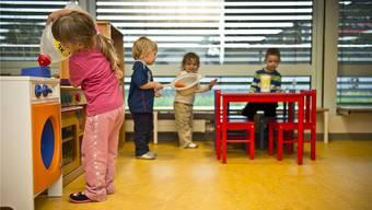 Der Bedarf an externen Betreuungsplätzen für Kinder (hier in der Kita Känguru in Aarau) steigt kontinuierlich an. ARCHIV
