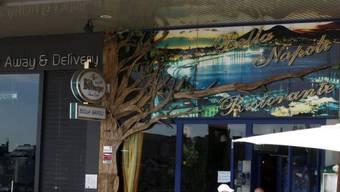 Die Polizei durchsuchte dieses italienische Restaurant nahe Madrid