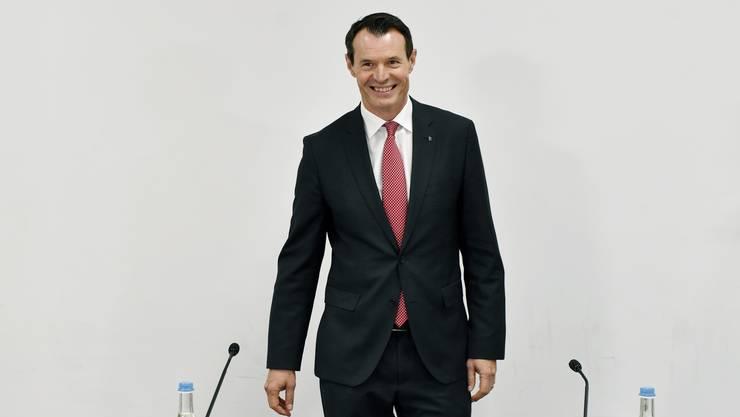 Guy Lachappelle tritt nach seiner Wahl am 10. November in Brugg AG vor die Medien.